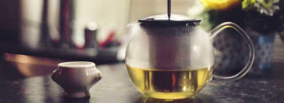 How-To-Use-A-Tea-Kettle-1